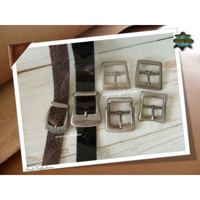 Buckle - Clyde Collection